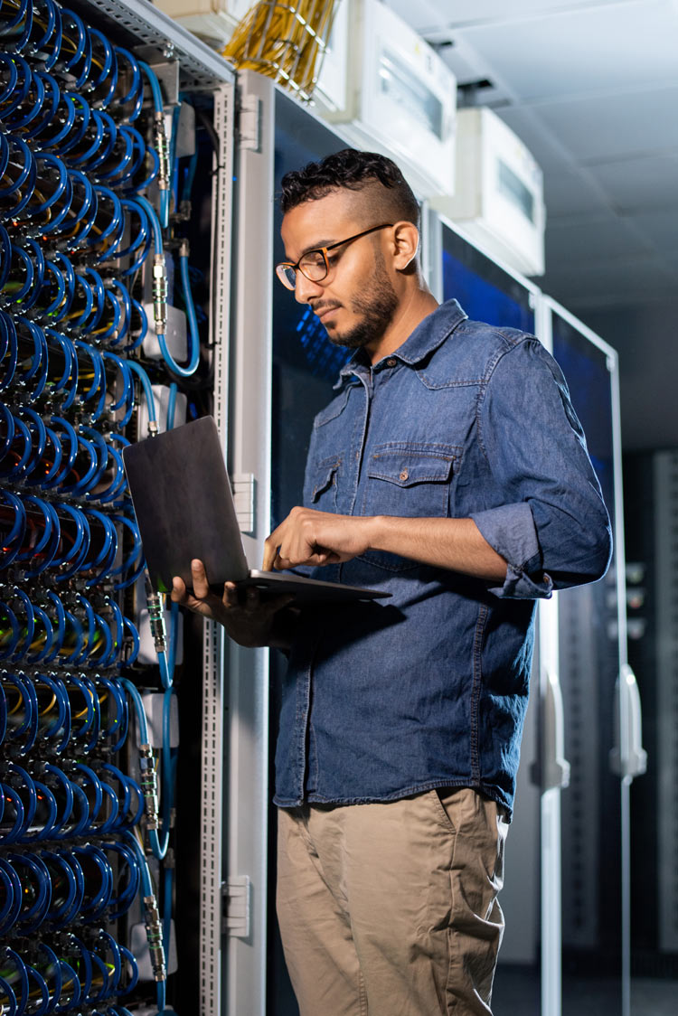 technician work on network security services